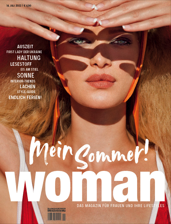 WOMAN Magazincover